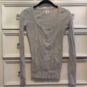 Sweaters - Knitted grey sweater